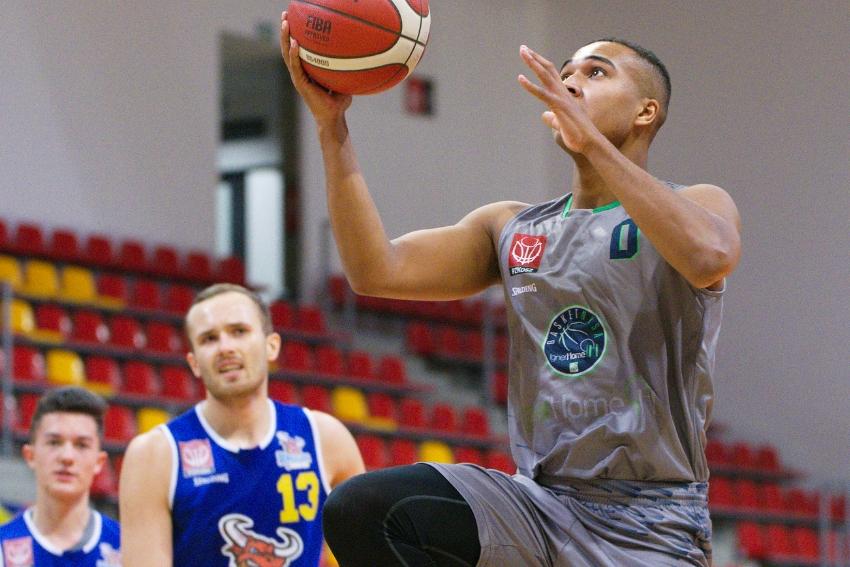 Basket Nysa w pojedynku z liderem ligi!