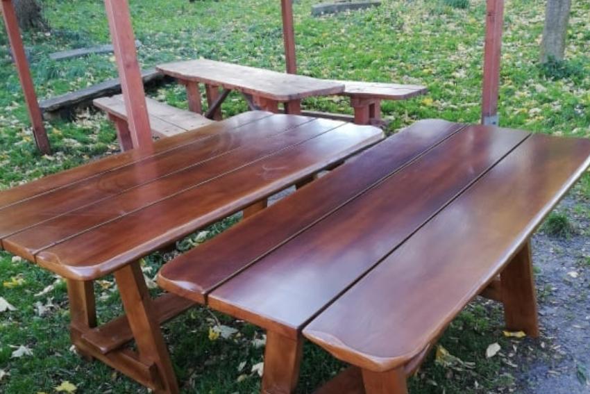 Ukradli nowe ławy!