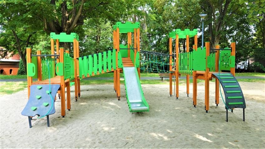 Dobiega końca modernizacja kolejnego placu zabaw