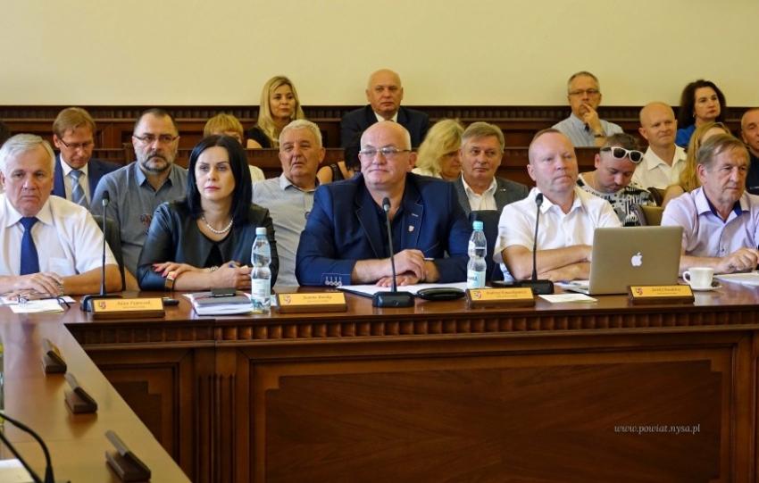 Radni powiatowi przyjęli projekt budżetu na 2020 rok