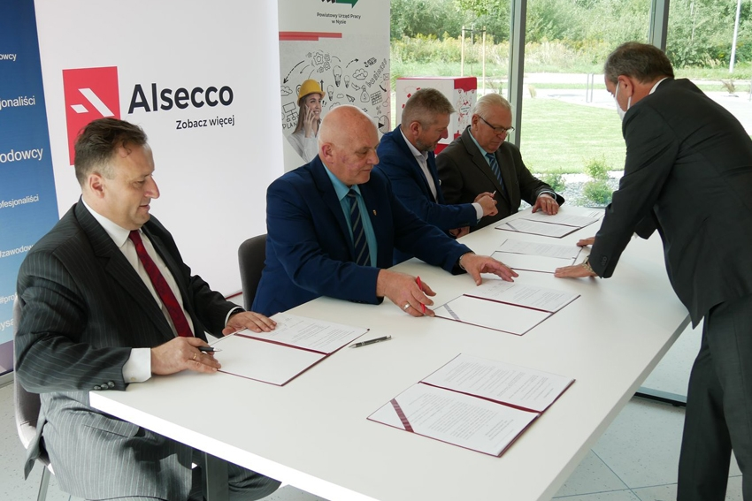 PWSZ łączy siły z Alsecco