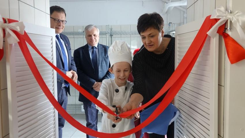 Kolejne nyskie szkoły mają własne kuchnie i stołówki