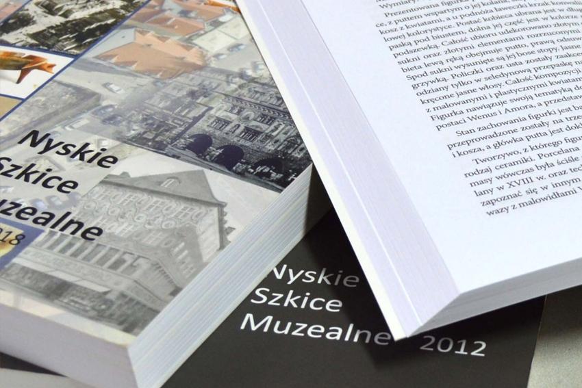 """Nowe wydanie """"Szkiców muzealnych"""" już dostępne"""
