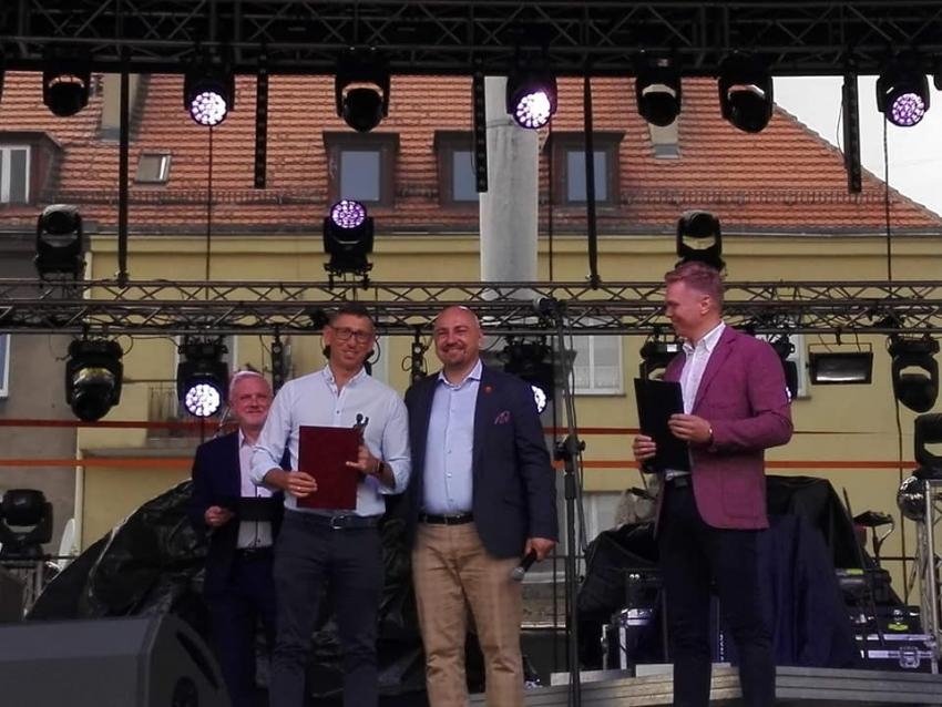 Prudnickie władze nagrodziły lokalne przedsiębiorstwo