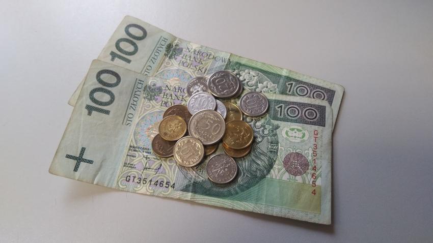 ZUS podpowiada: na emeryturę korzystniej przejść w lipcu