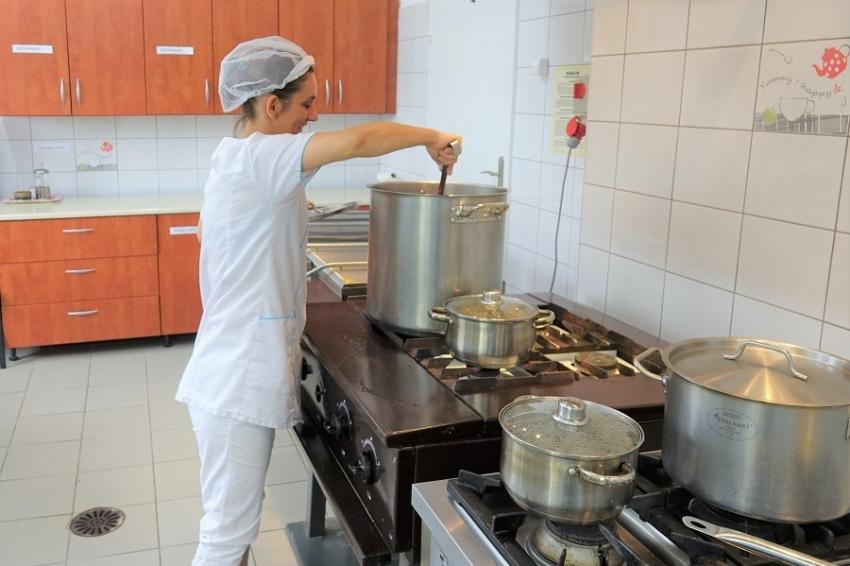 Wszystkie nyskie szkoły i przedszkola będą miały kuchnie i stołówki